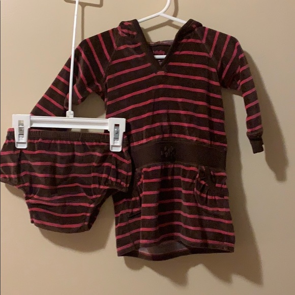 GAP Other - Baby gap girls 6-12 month hoodie dress & bloomers